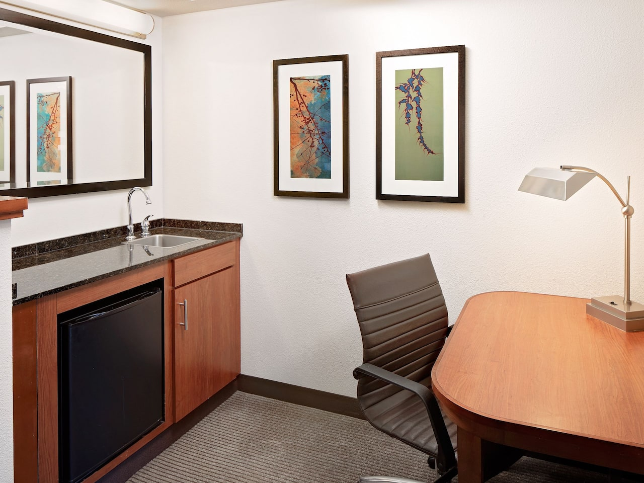 Guestroom Desk at Hyatt Place Rancho Cucamonga