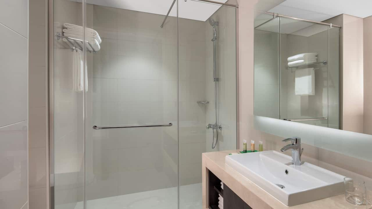 Bathtub in Standard Rooms