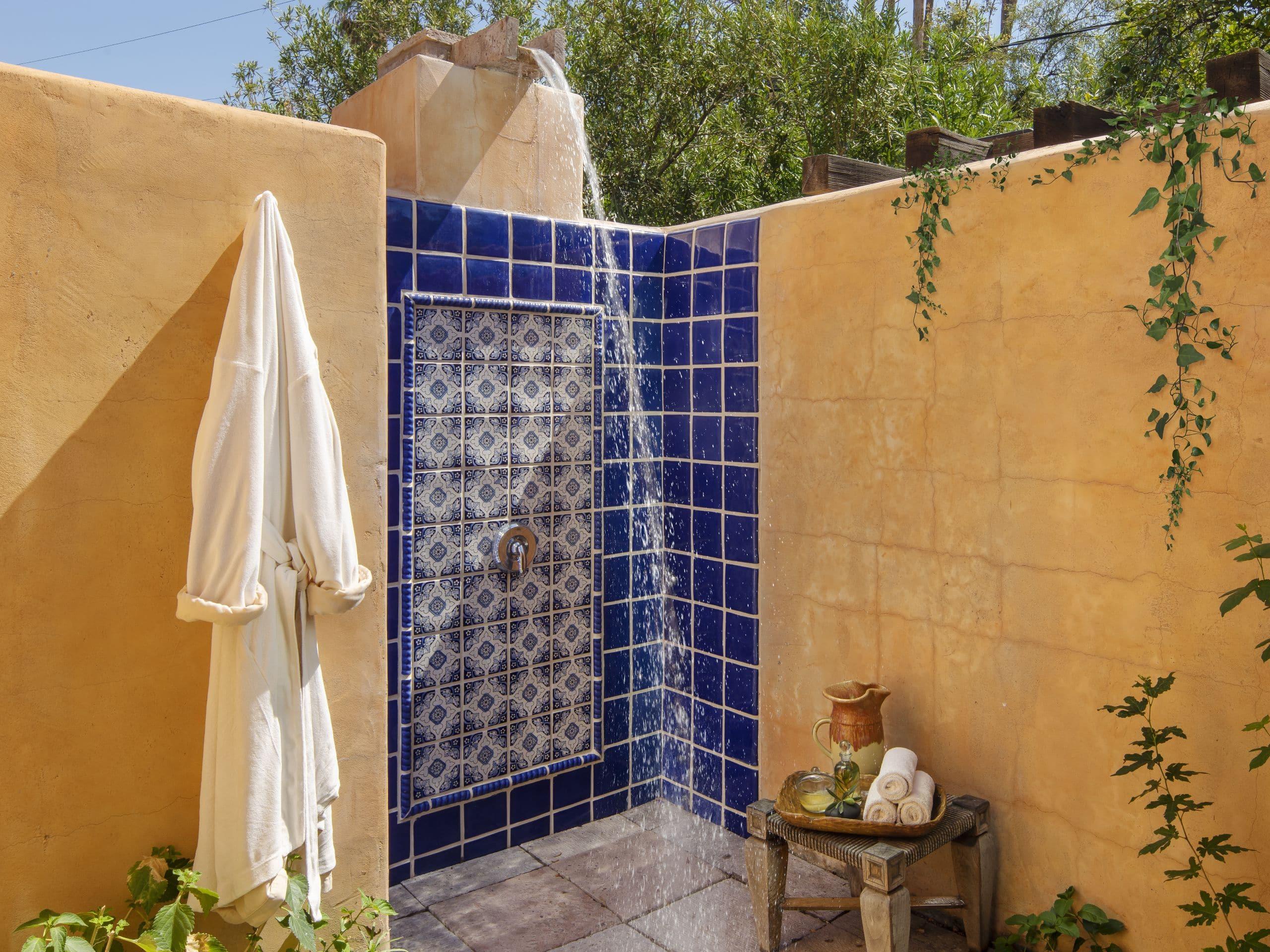 Alvadora Spa Outdoor Shower