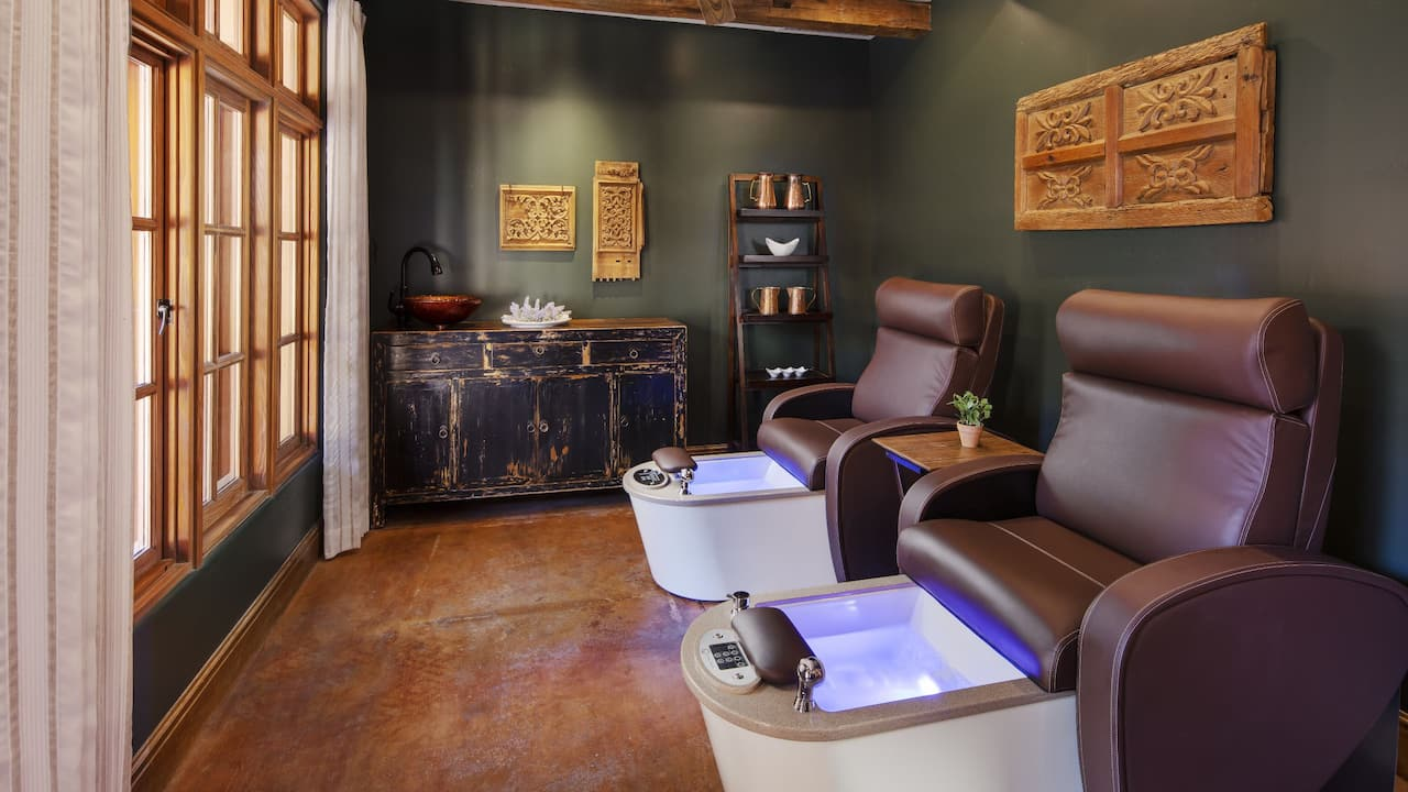 Alvadora Spa Pedicure Room