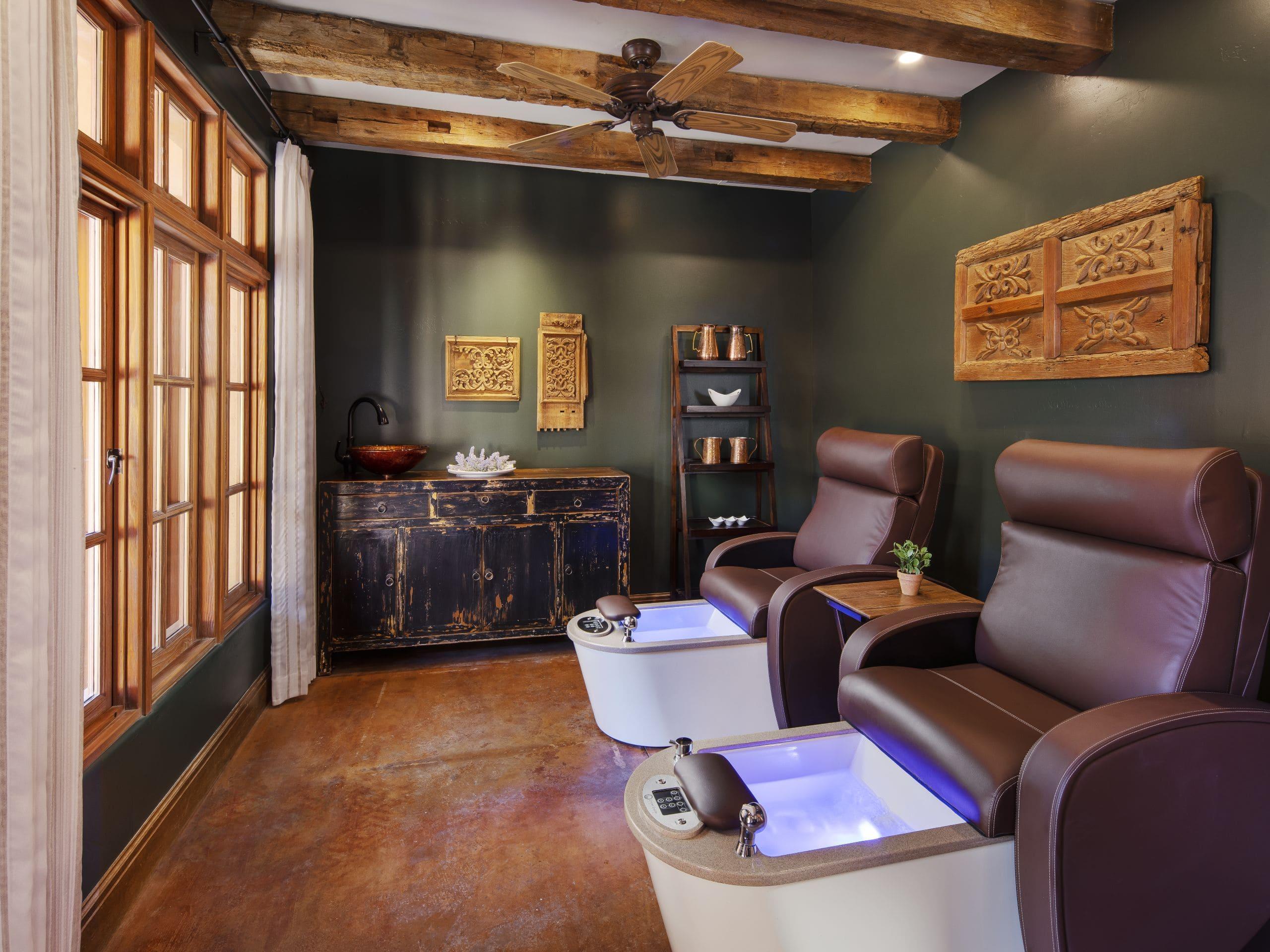 Alvadora Spa Pedicure Room