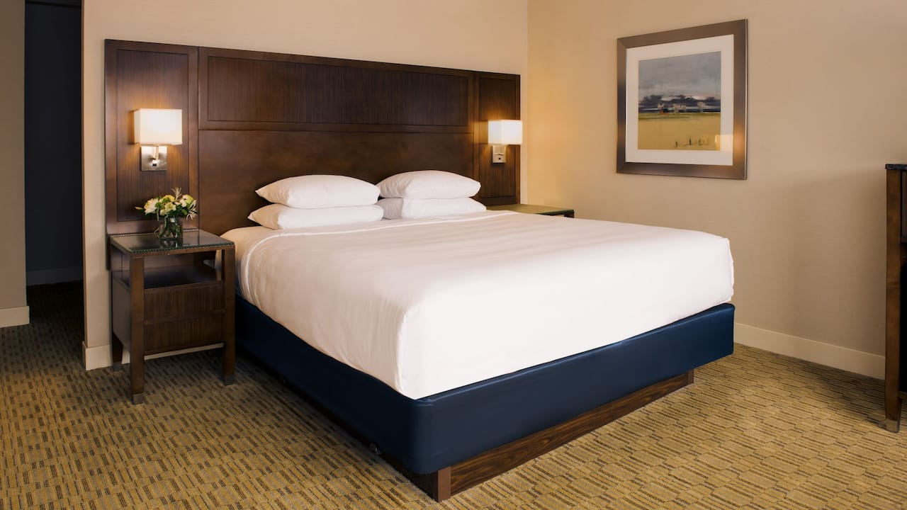 King Guestroom | Hyatt Regency Milwaukee