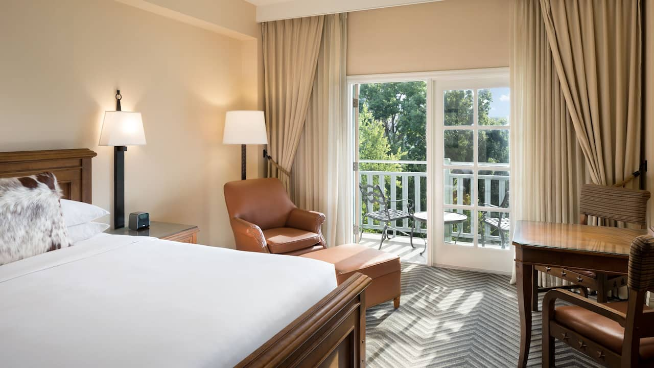 Hotel room with balcony in San Antonio at Hyatt Regency Hill Country Resort and Spa