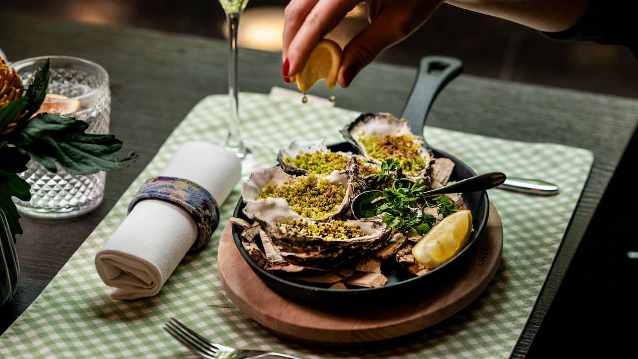The Montagu Kitchen Autumn Brunch Oysters