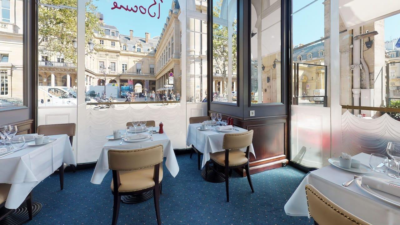Brasserie, Officine & Salons