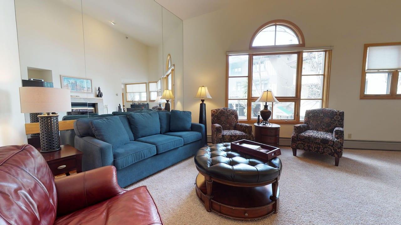 Vail Center 2 Bedroom Living Room