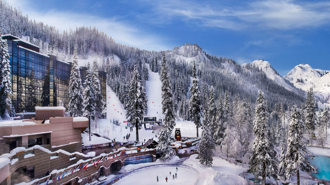 Resort at Squaw Creek Exterior Winter