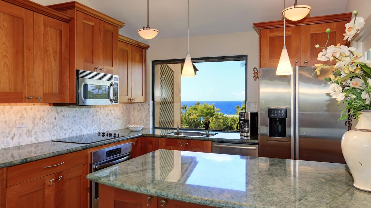 1 Bedroom Condo with 1 Bath and Ocean View (Gold)
