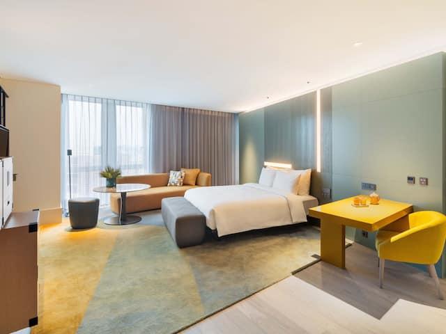Premium King Room | Andaz Seoul Gangnam