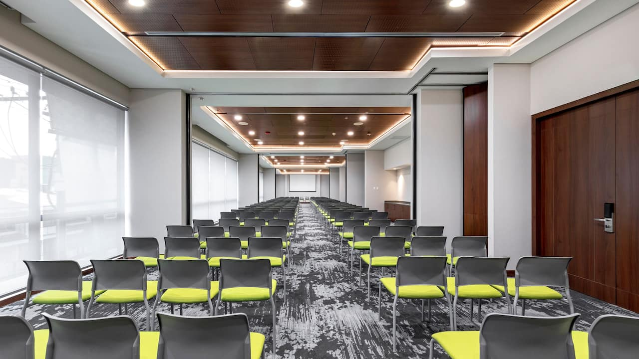 Hyatt PLace Meeting Room