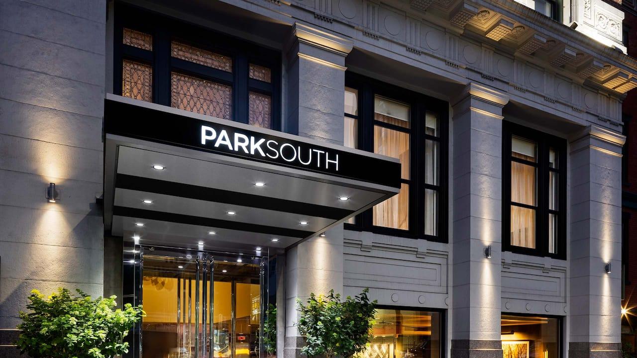 Park South Hotel Exterior