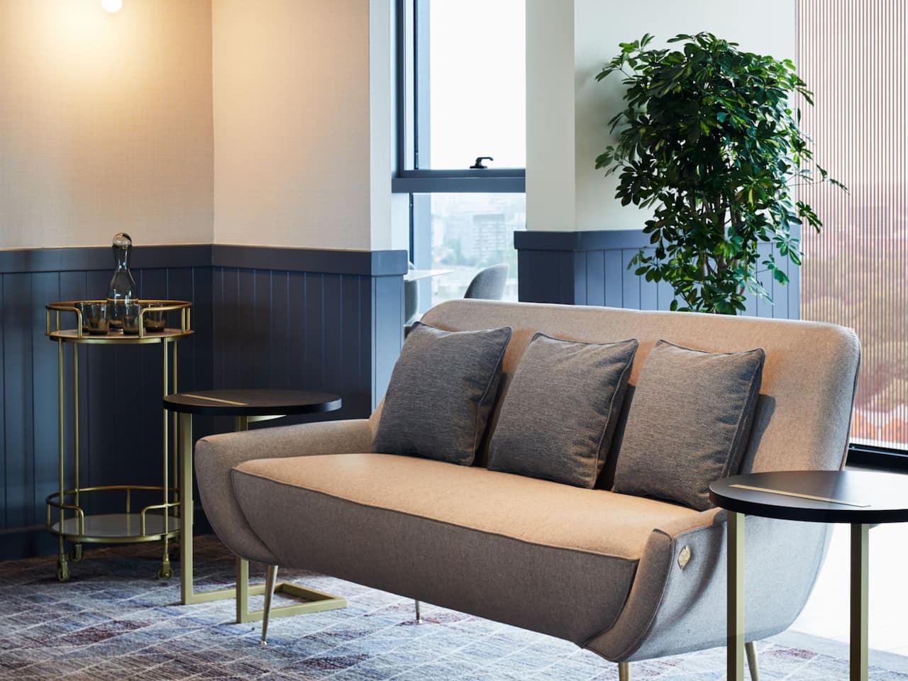 hub Lounge Sofa