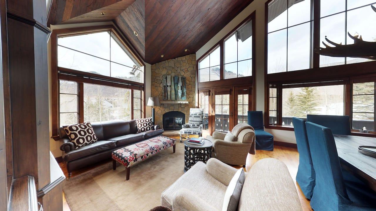 Five Bedroom Platinum Residence Living Room