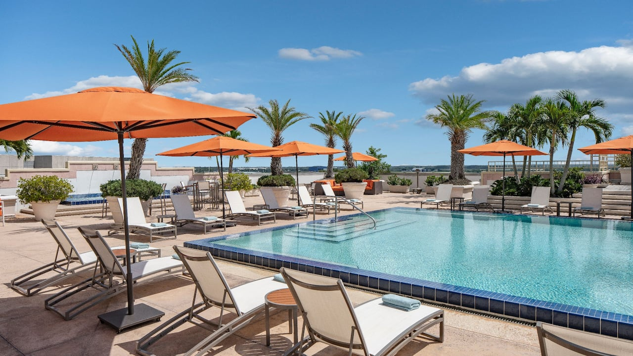 Outdoor Swimming Pool Hyatt Regency Orlando International Airport