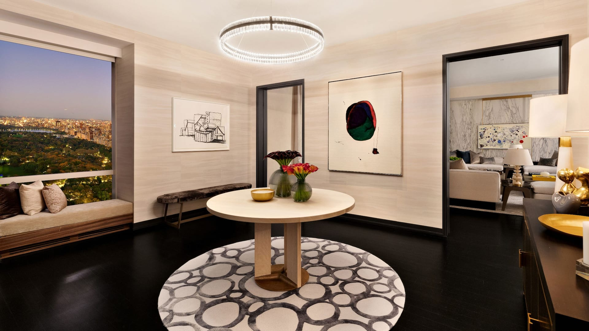 Manhattan Sky Suite Foyer
