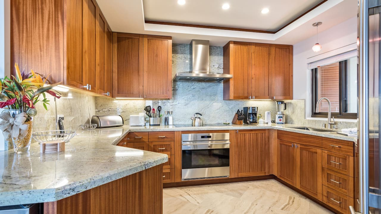 3 Bedroom Condo with Ocean View and Signature Hole