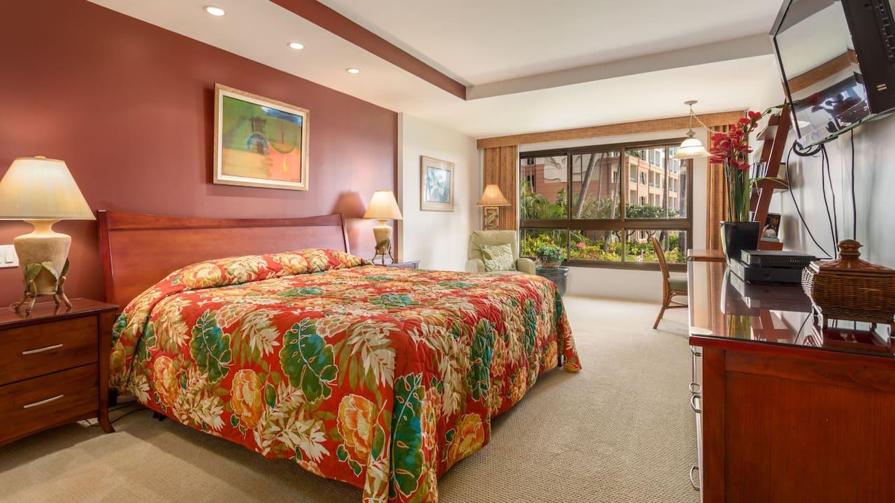 1 Bedroom Condo with Garden View