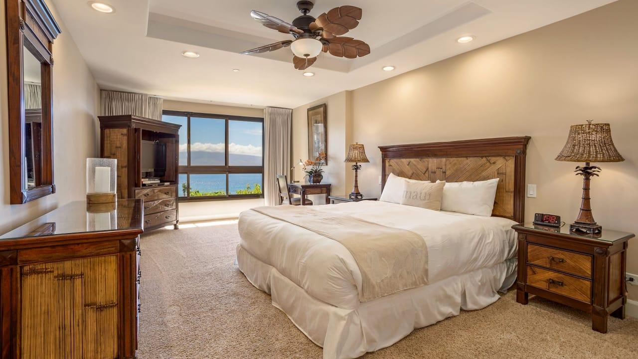 1 Bedroom Condo with Ocean View Plus Den