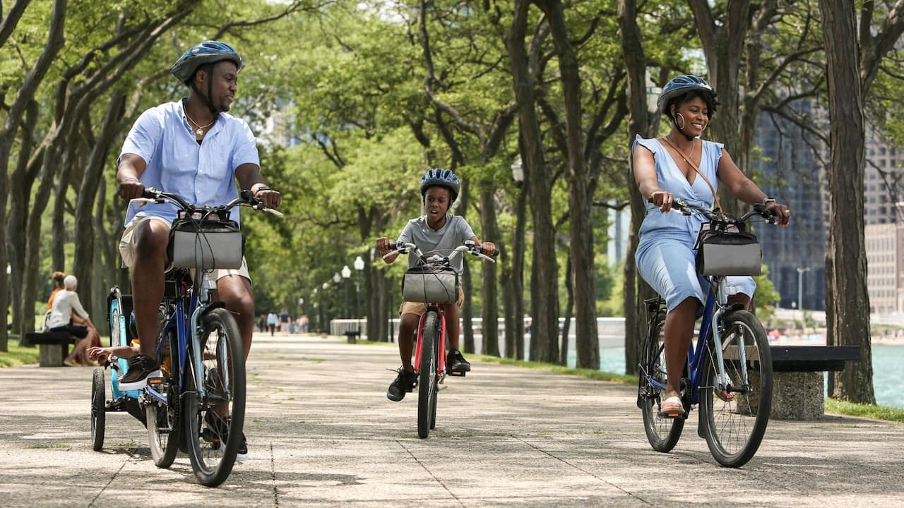 Chicago Family Biking