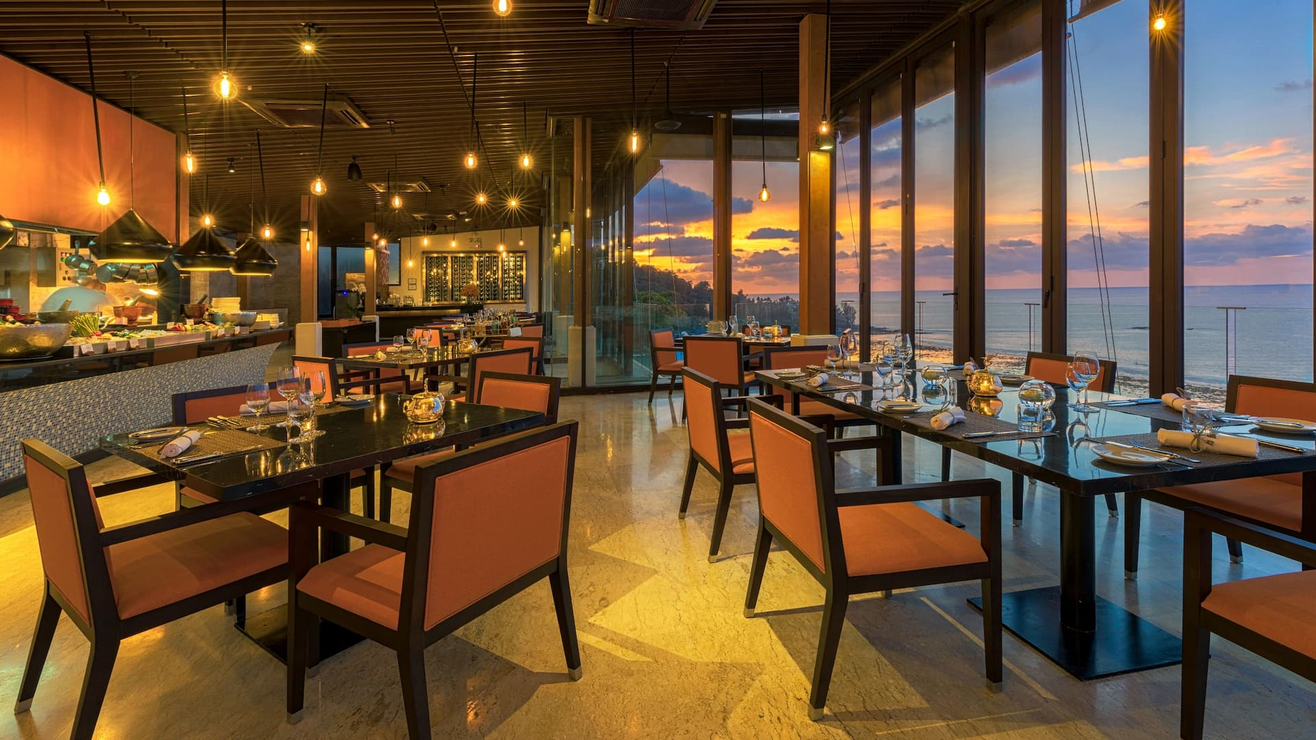 Restaurant Kamala Beach Sunset Grill