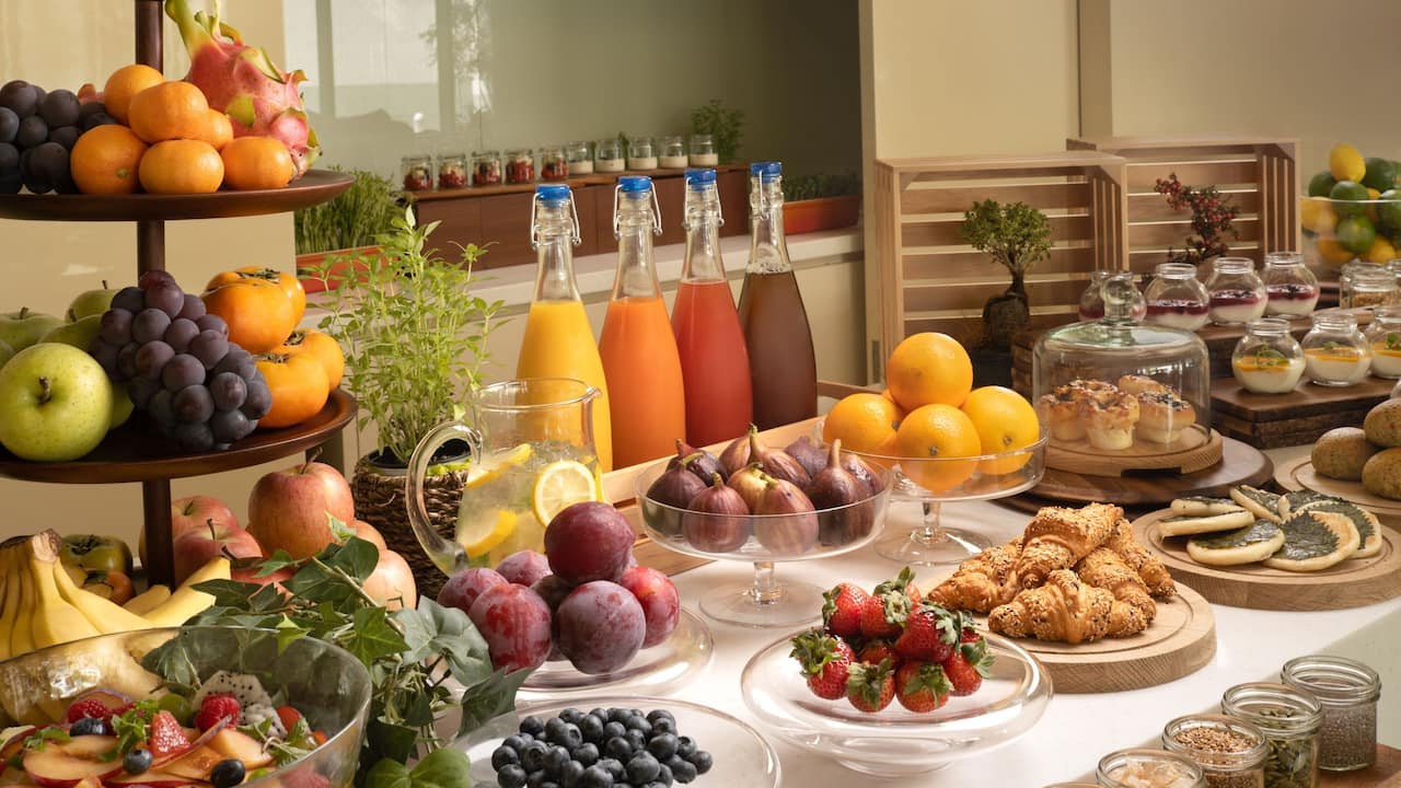 Hyatt Regency Osaka - Healthy Breakfast