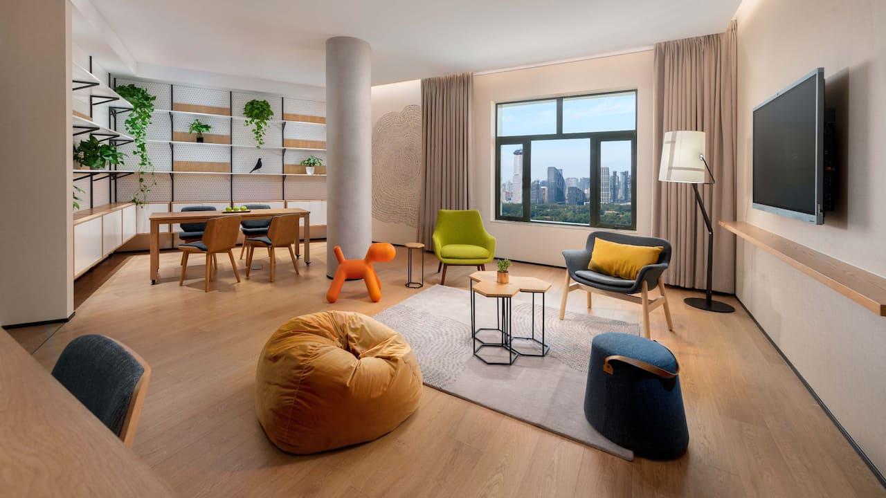 Ambassador-Suite-Living-Room-Sanlitun-View