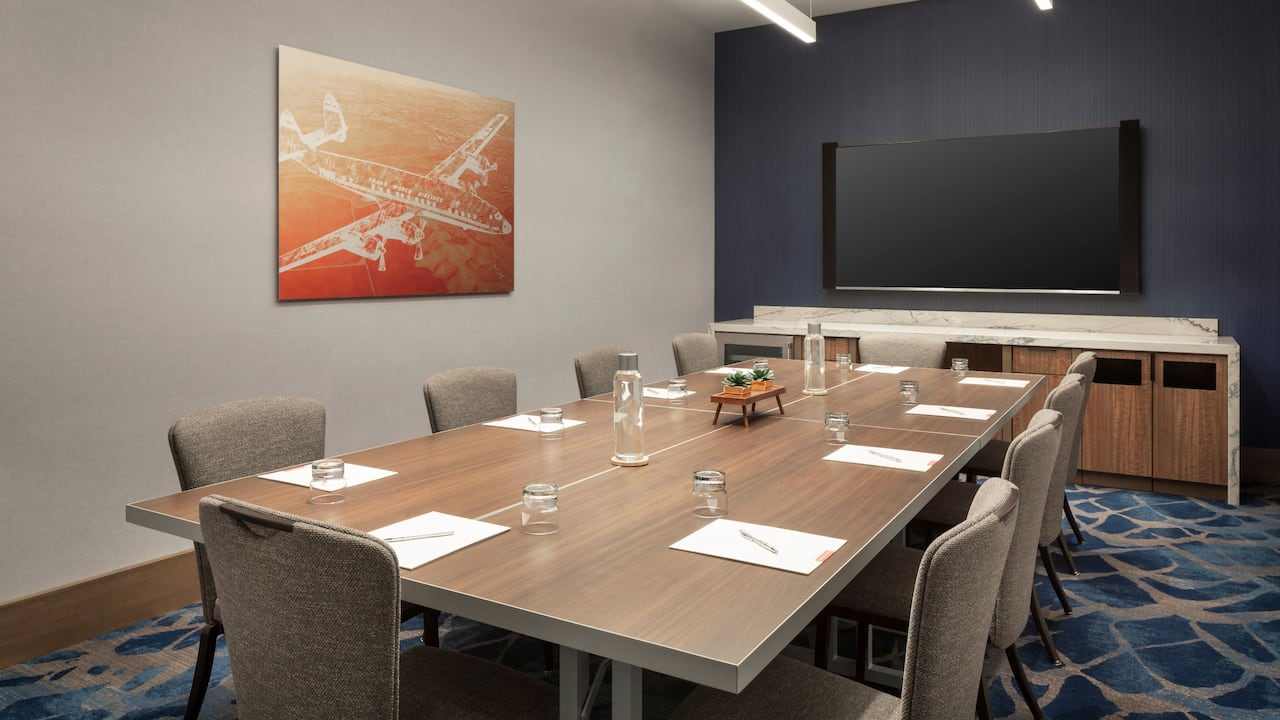 Starliner Meeting Room