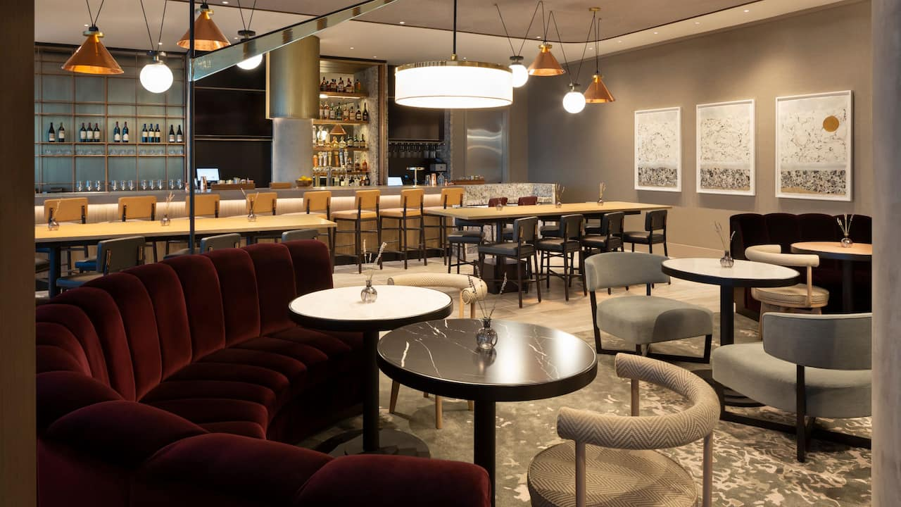 Twin Craft Bar Seating