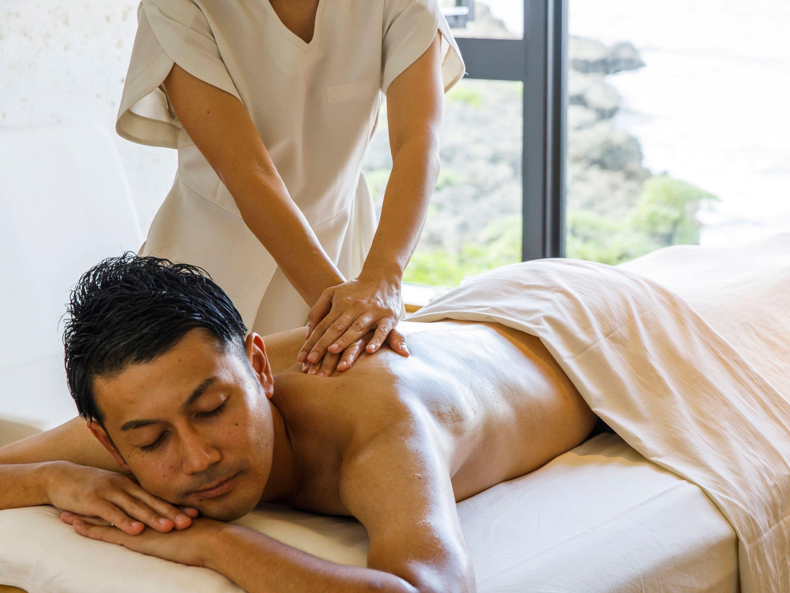 Hyatt Regency Seragaki Island Okinawa spa mens