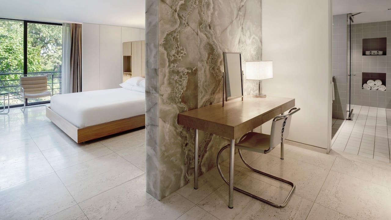 Oakbrook Meis Suite Bathroom