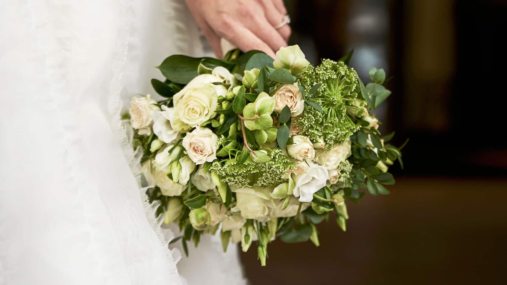 Bride bouquet | Hyatt Regency London - The Churchill