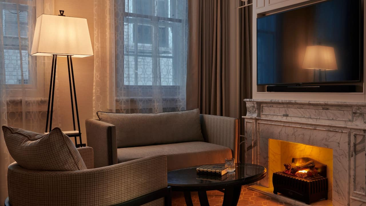 Suite Fireplace Westminster London | Great Scotland Yard Hotel