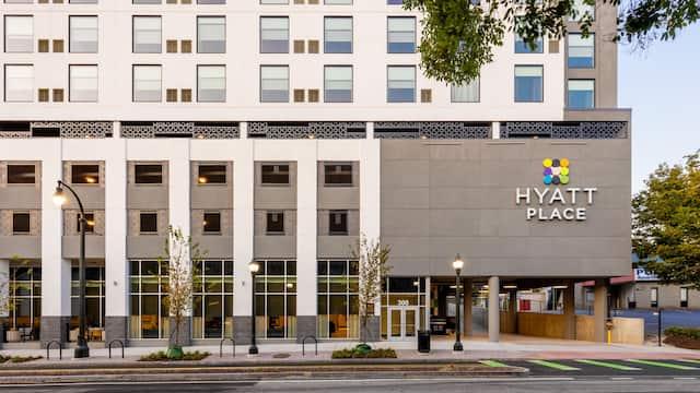 Hyatt Place Atlanta / Centennial Park