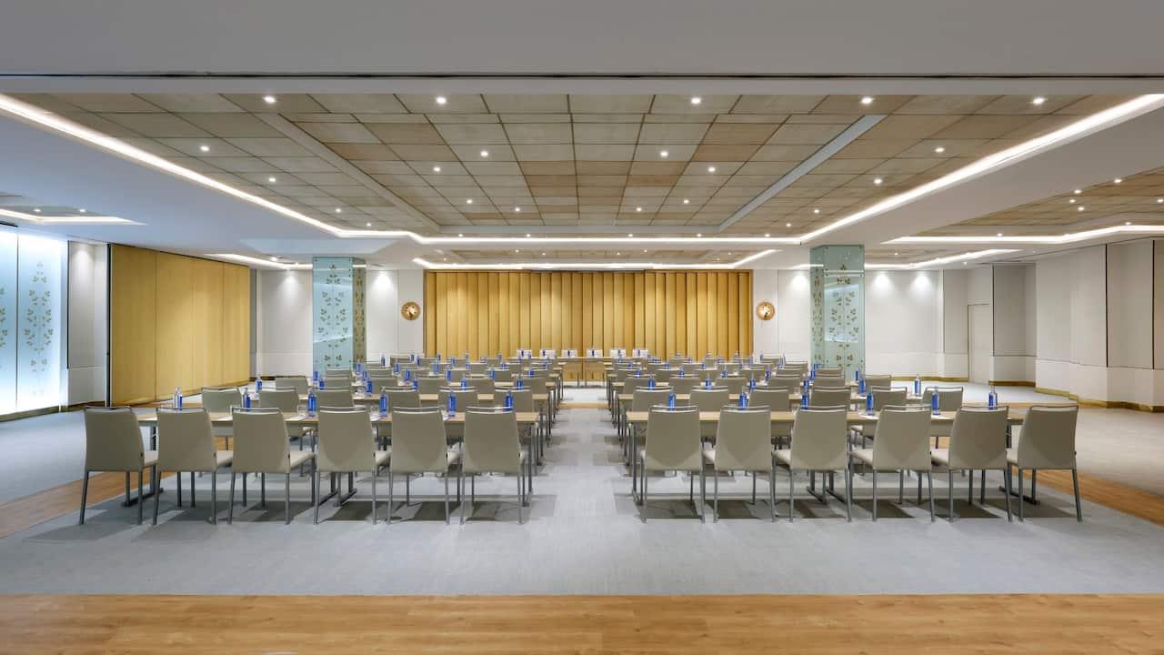 Tapies Meeting Room Classroom Setup