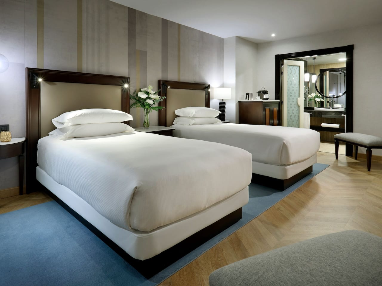 Two Twin Guestroom