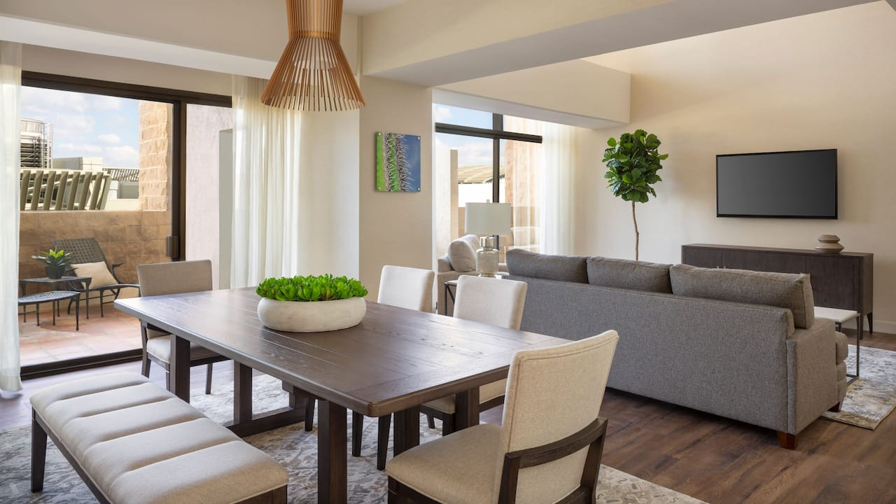 Suite Living and Dining