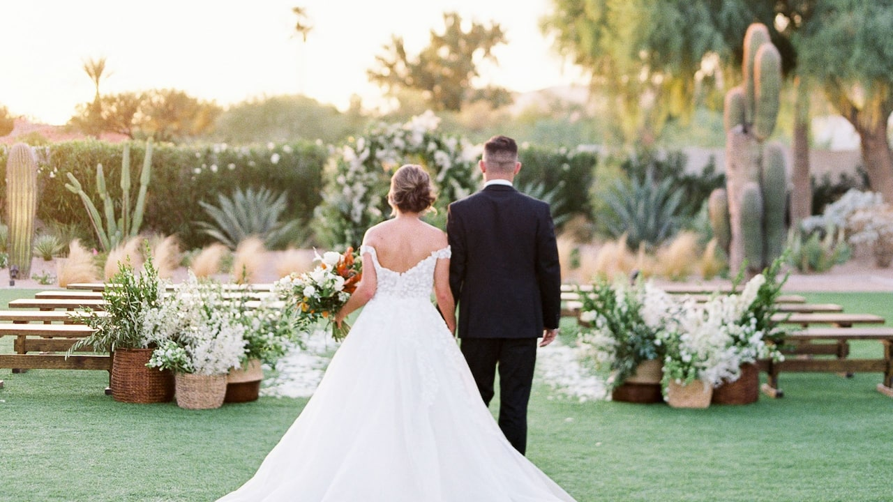 Andaz Scottsdale Wedding Couple