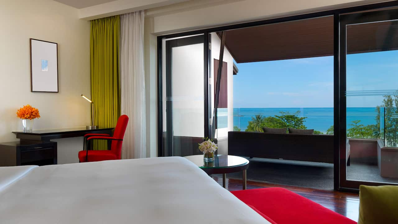 5-star hotel in Phuket 1 King Bed Deluxe