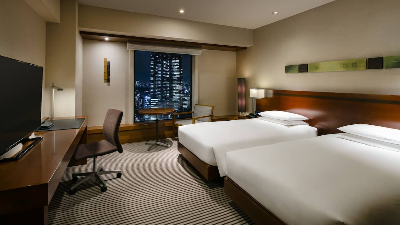 2 Twin Beds with View Deluxe image