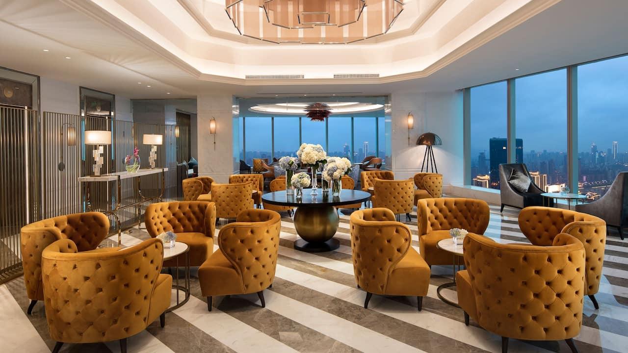 lobby lougue