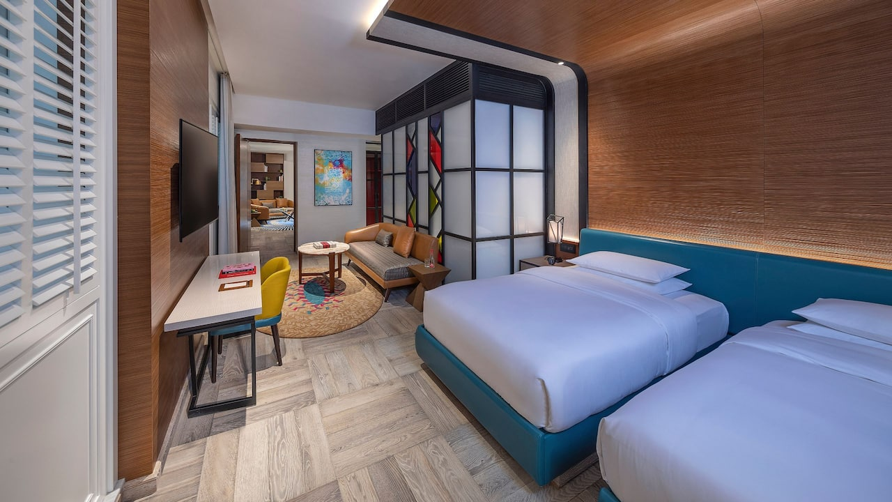 Andaz Suite + Twin Room
