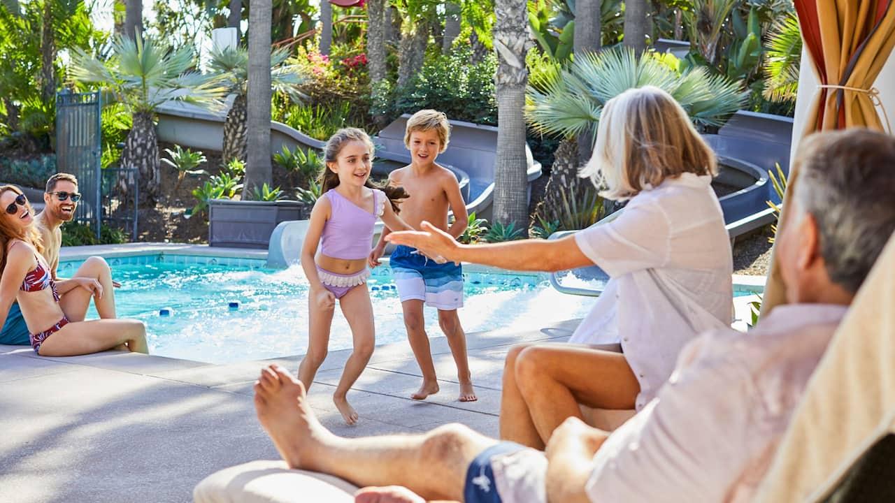Pool Family