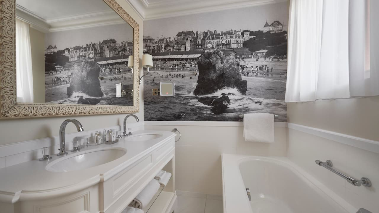 King Bathroom  at Hotel du Palais in the Unbound Collection by Hyatt