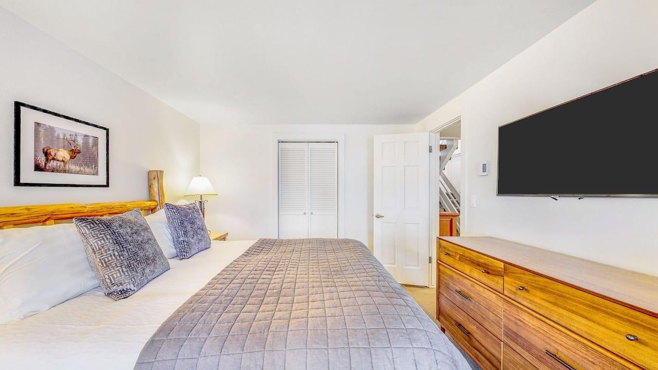 Three Bedroom Duplex Bedroom