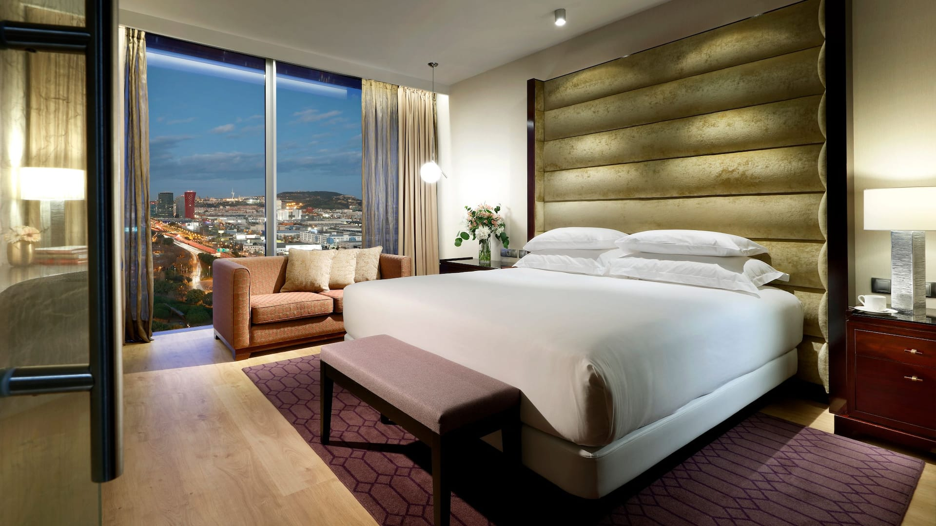 Hyatt Regency Barcelona Tower Room