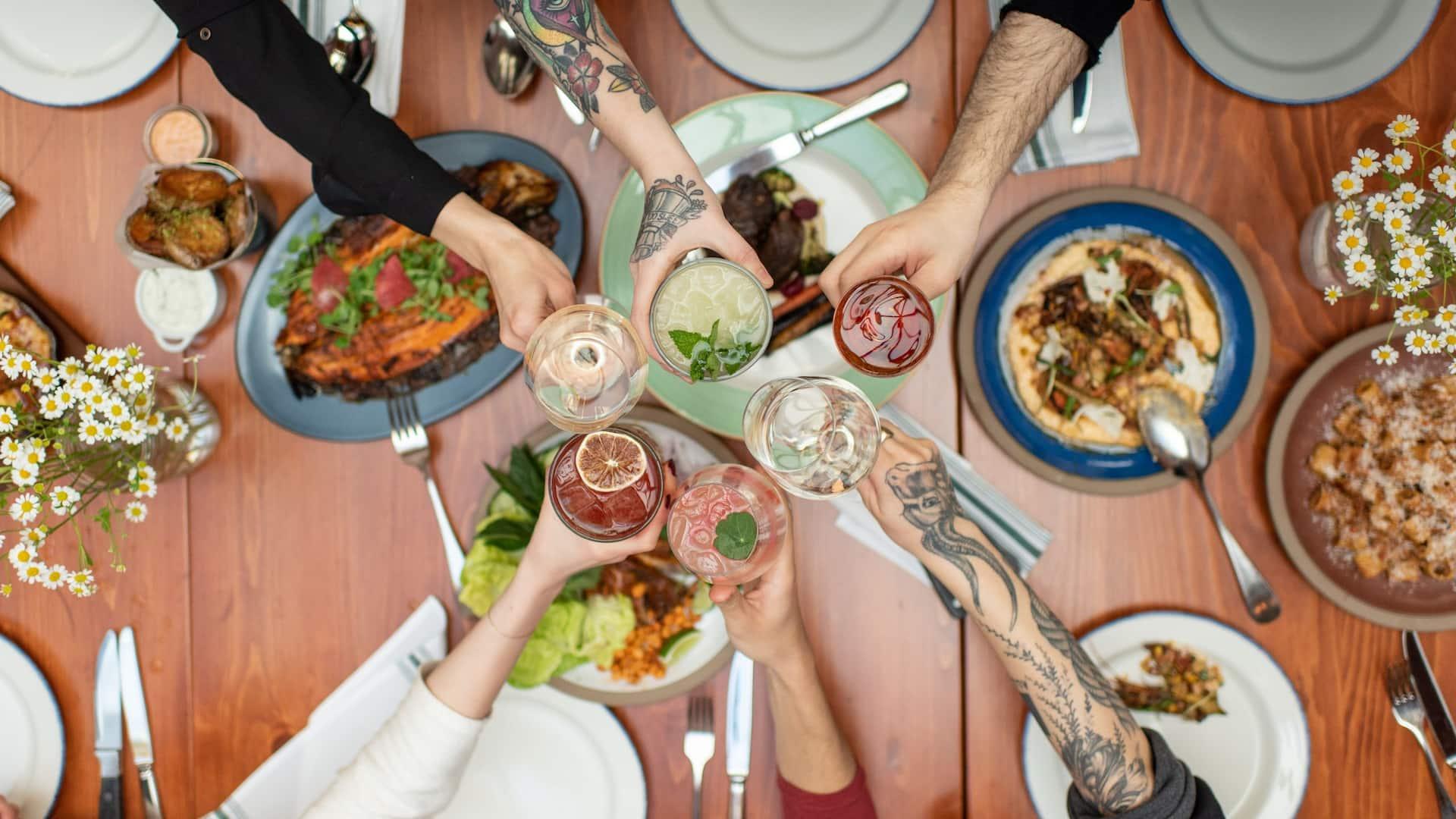 Cindys Dinner Table