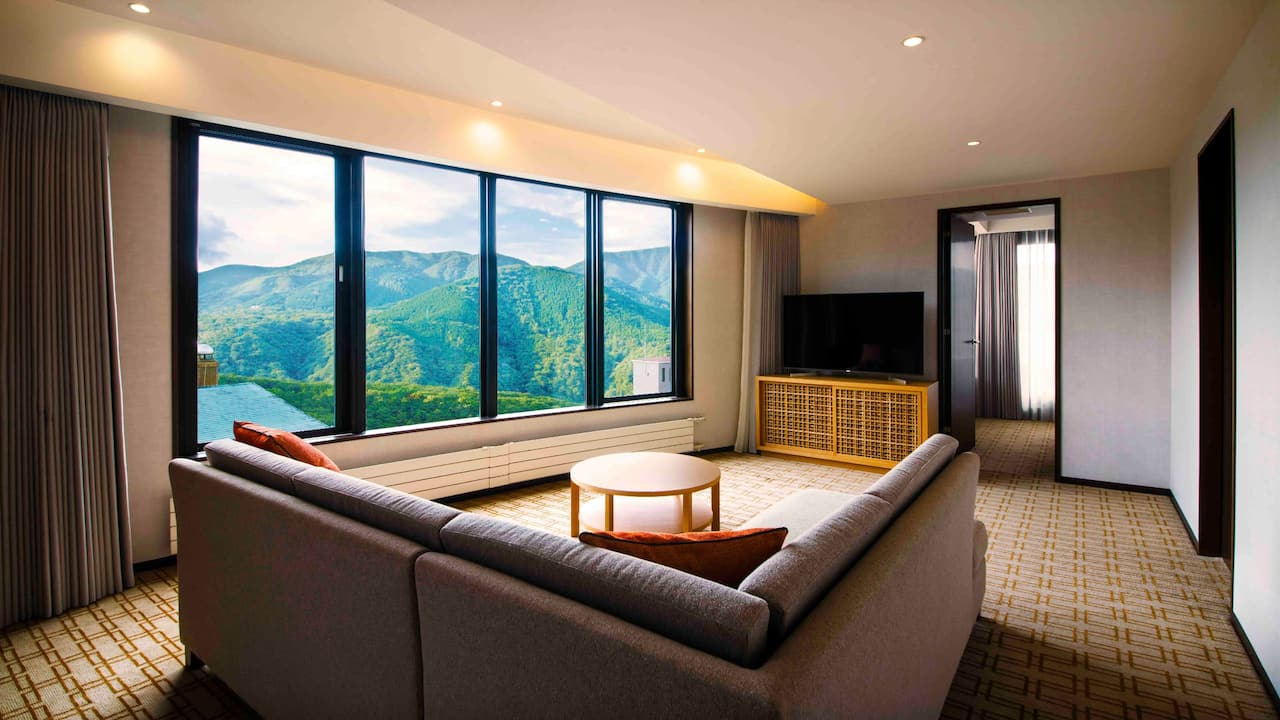 Hyatt Regency Hakone Resort & Spa | Regency suite twin