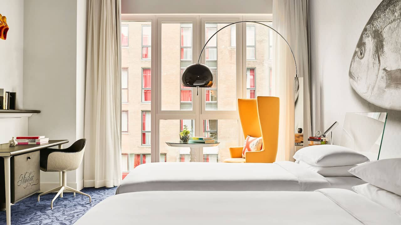 Andaz Amsterdam twin bed room