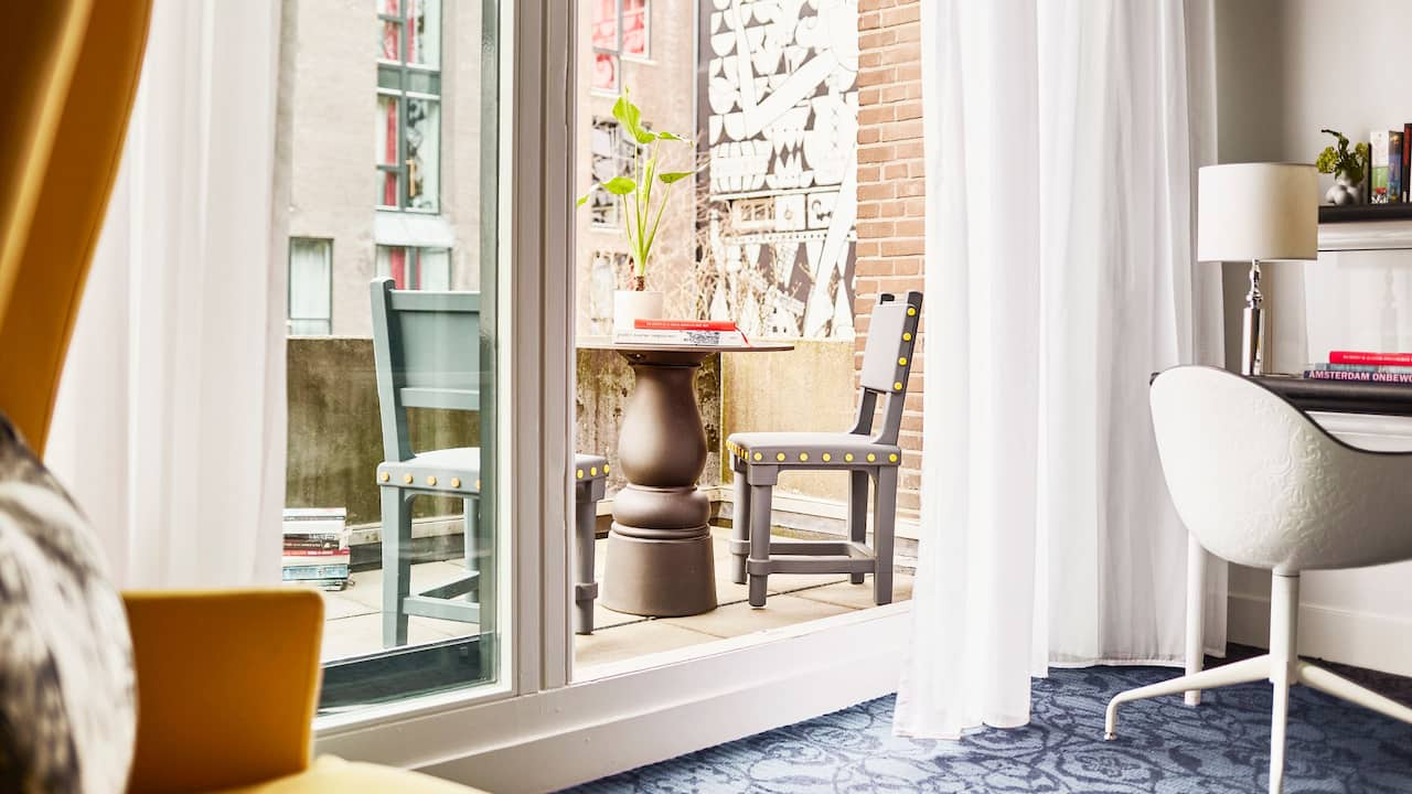 Andaz Amsterdam Prinsengracht 1 Queen Bed with Terrace