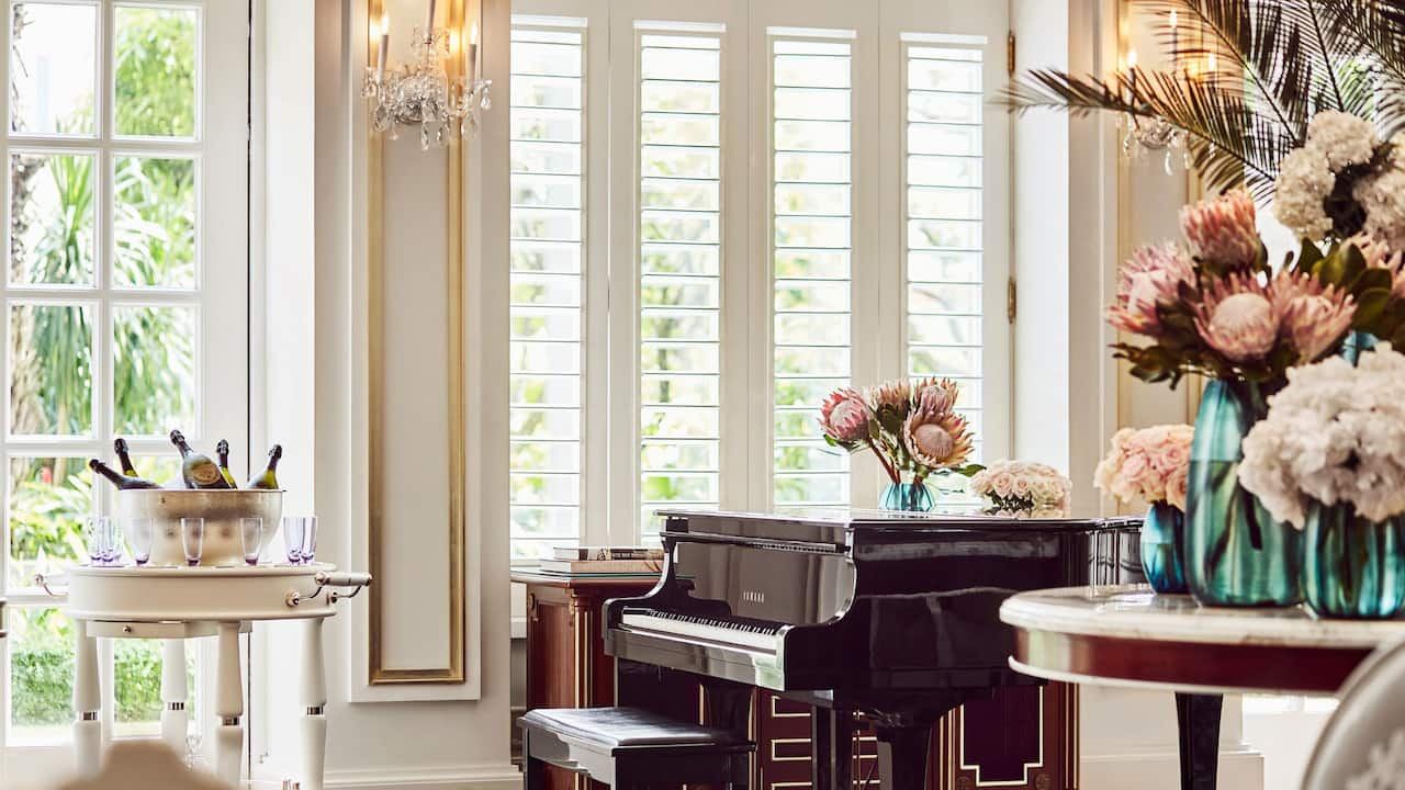 Park Lounge Piano Corner